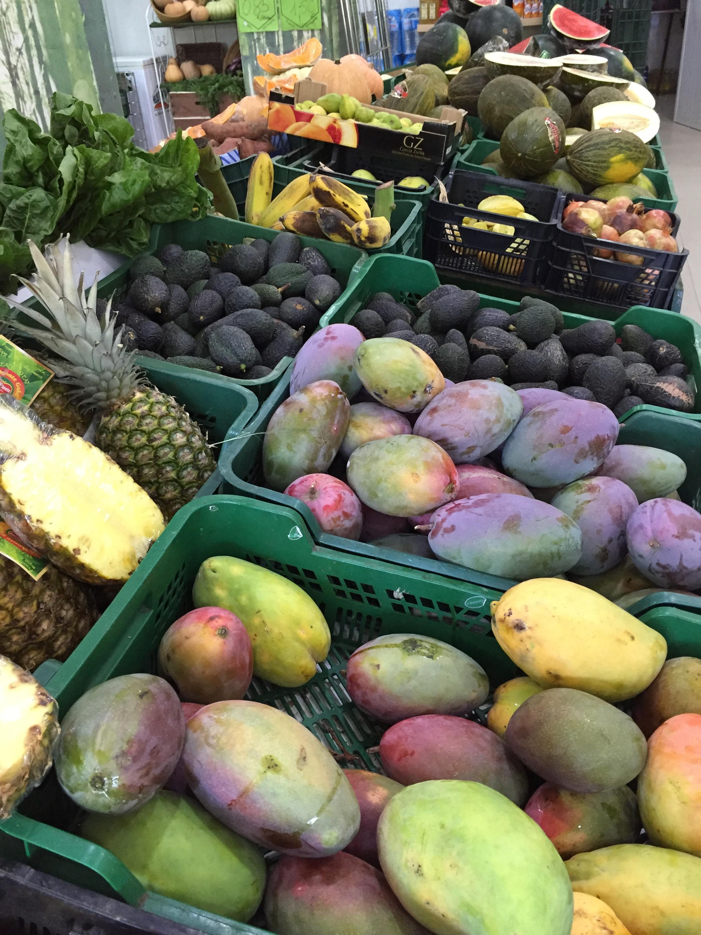Fruit in Almuñécar Mi huerta