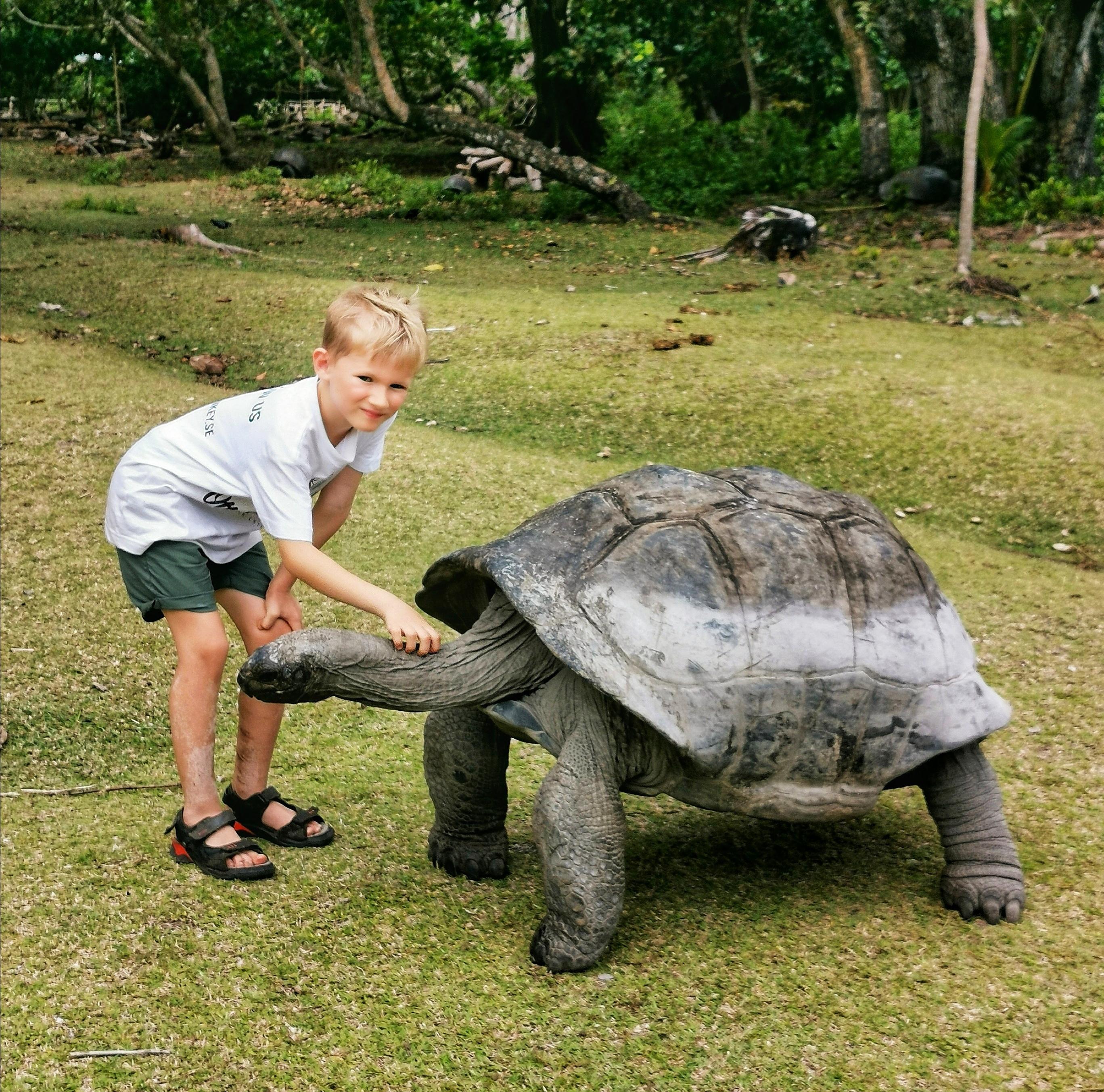 Curieuse Island med barn