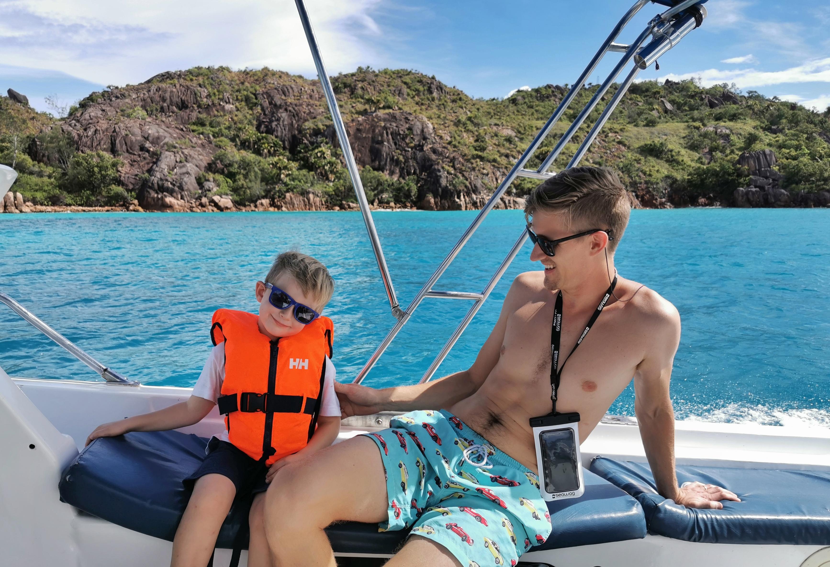 Boat charter Praslin