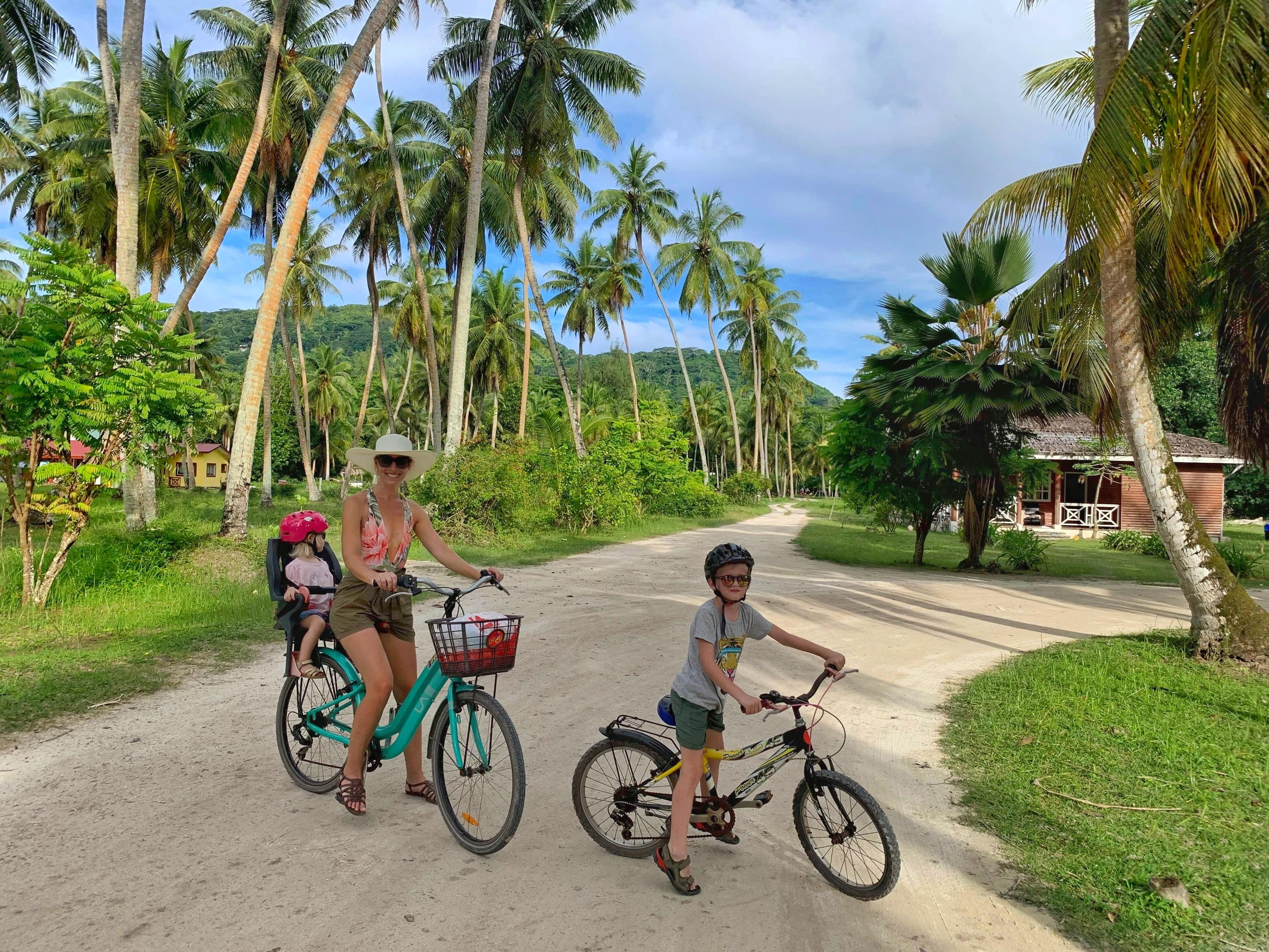 La Digue children bike