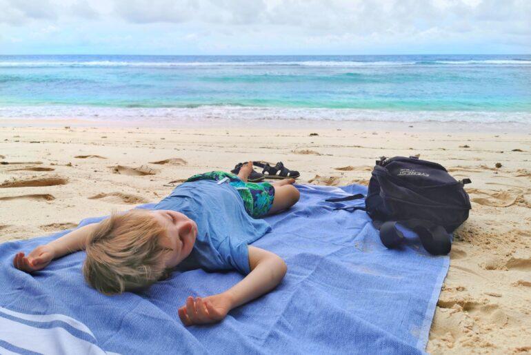 Underlätta jetlag på barn