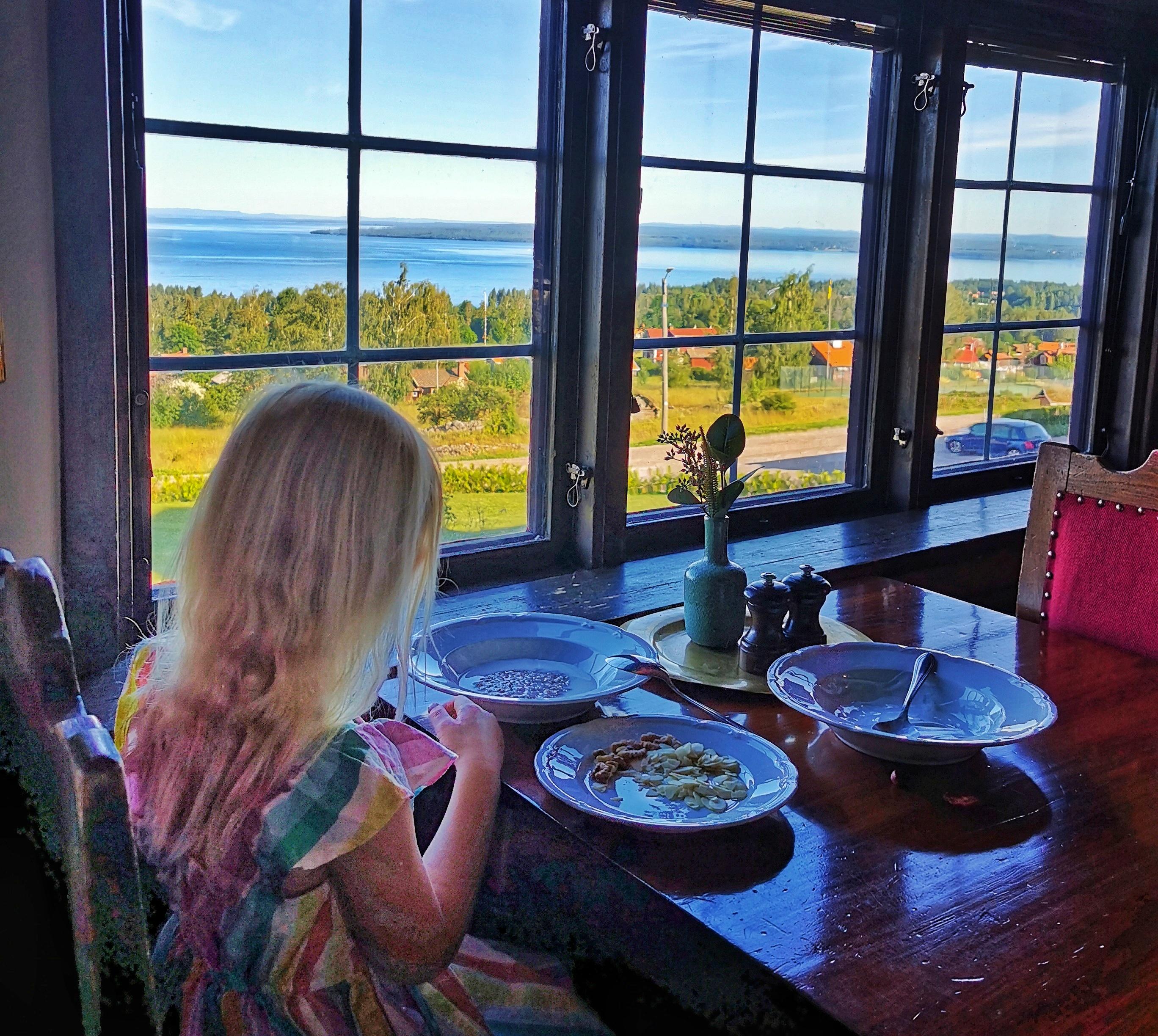 Frukost med utsikt över Siljan på Green Hotel
