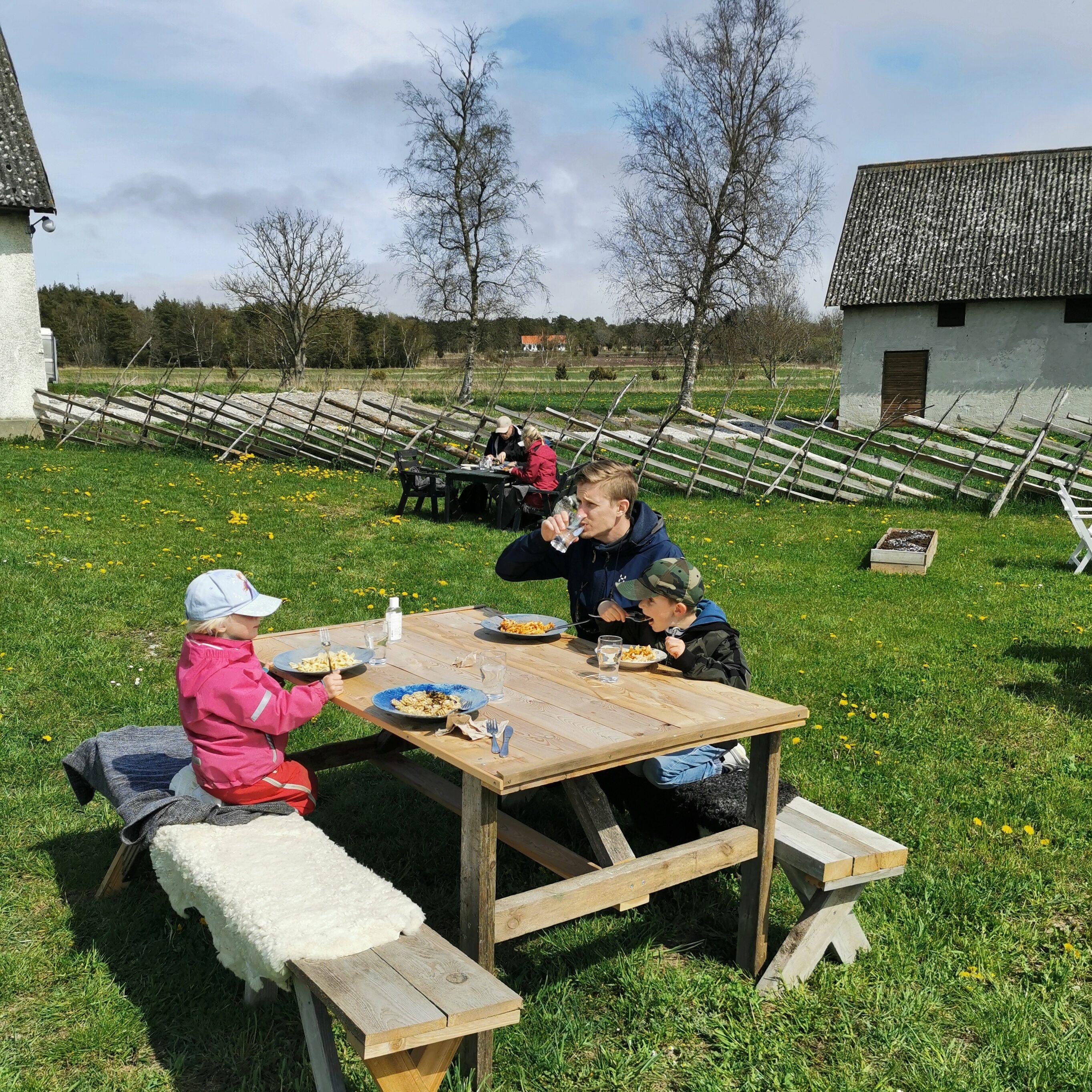 Pastamakarna uteservering Gotland Fårö